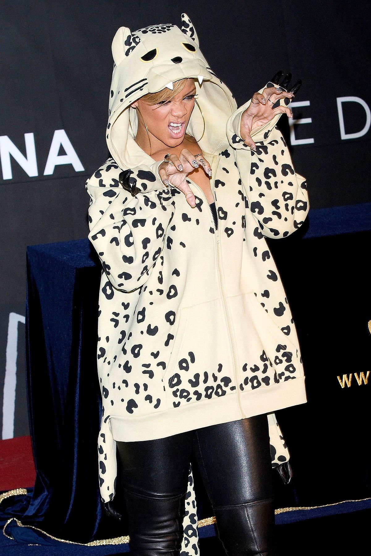 Hey, Rihanna Is Dressed Like a Giant Cat! (PHOTOS)