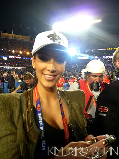Kim Kardashian's Amazing Superbowl Adventure (PHOTOS)