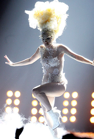 Lady GaGa Pays Tribute to Alexander McQueen by Looking Outrageous at the Brit Awards (VIDEO)