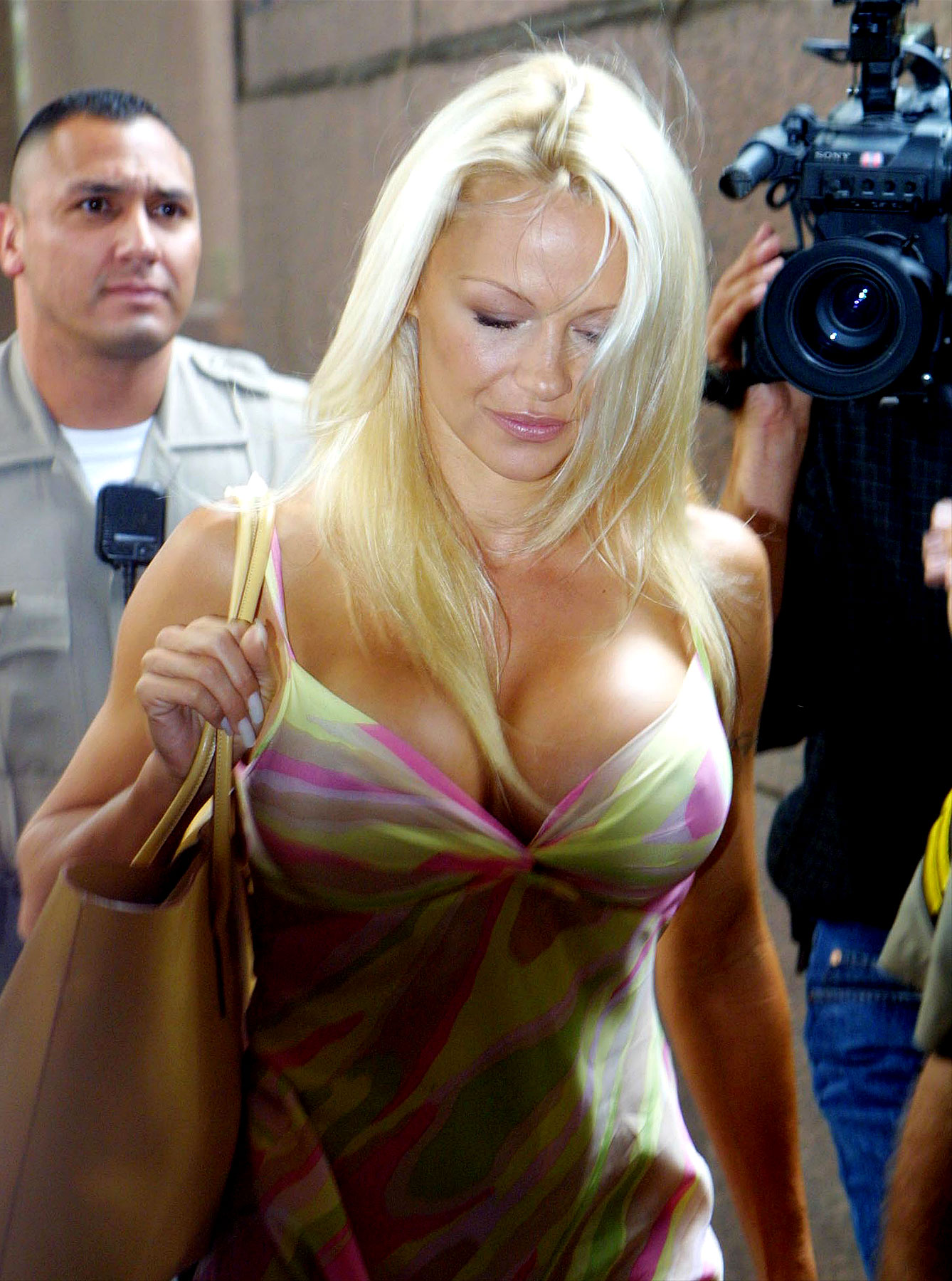 Celebrities In Questionable Courthouse Couture (PHOTOS)