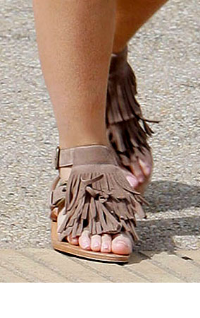 Guess The Celebrity Cankles (PHOTOS)