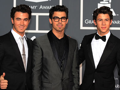 "'NME' to Jonas Brothers: ""You're the Worst!"""