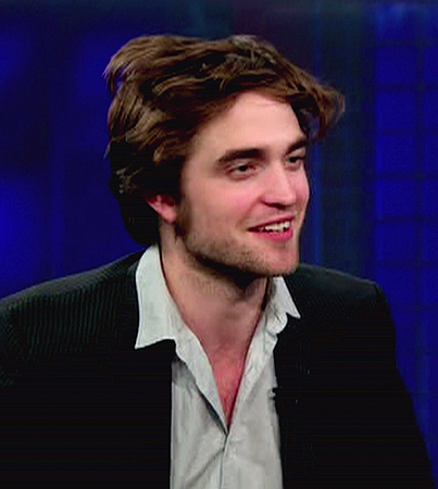 Robert Pattinson Classes Up 'The Daily Show' (VIDEO)