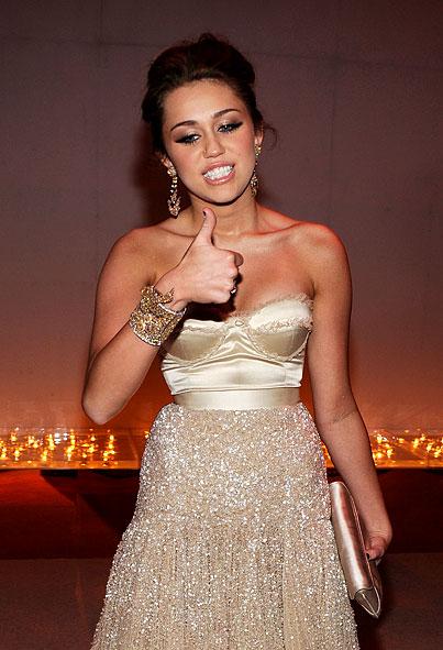 The Many Faces of Miley Cyrus: Oscars Edition (PHOTOS)
