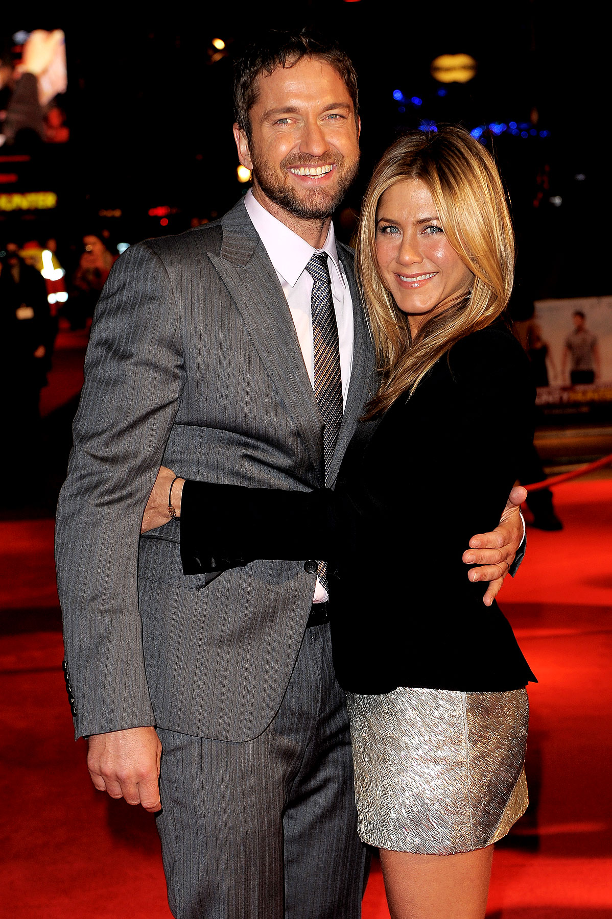 Jennifer Aniston Isn't Letting Gerard Butler Go. EVER! (PHOTOS)