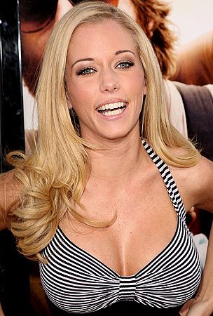 Kendra Wilkinson Wants to Take a Little Off the Top (VIDEO)