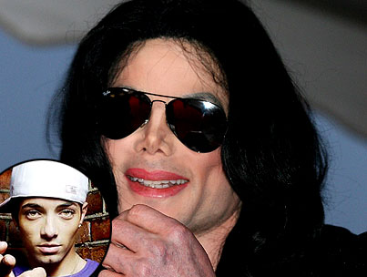 "Norwegian Rapper Tells Michael Jackson's Kids ""I'm Your Father, Now Give Me Money"""