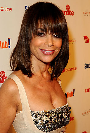 Paula Abdul May Be Coming Back to TV in 'Star Search' Form
