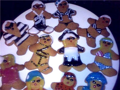 Today On The Internet: GaGa Telephone Cookies Make Us Hungry