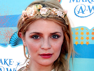 Mischa Barton Nearly Executes a Dine-and-Dash, But at the Grocery Store