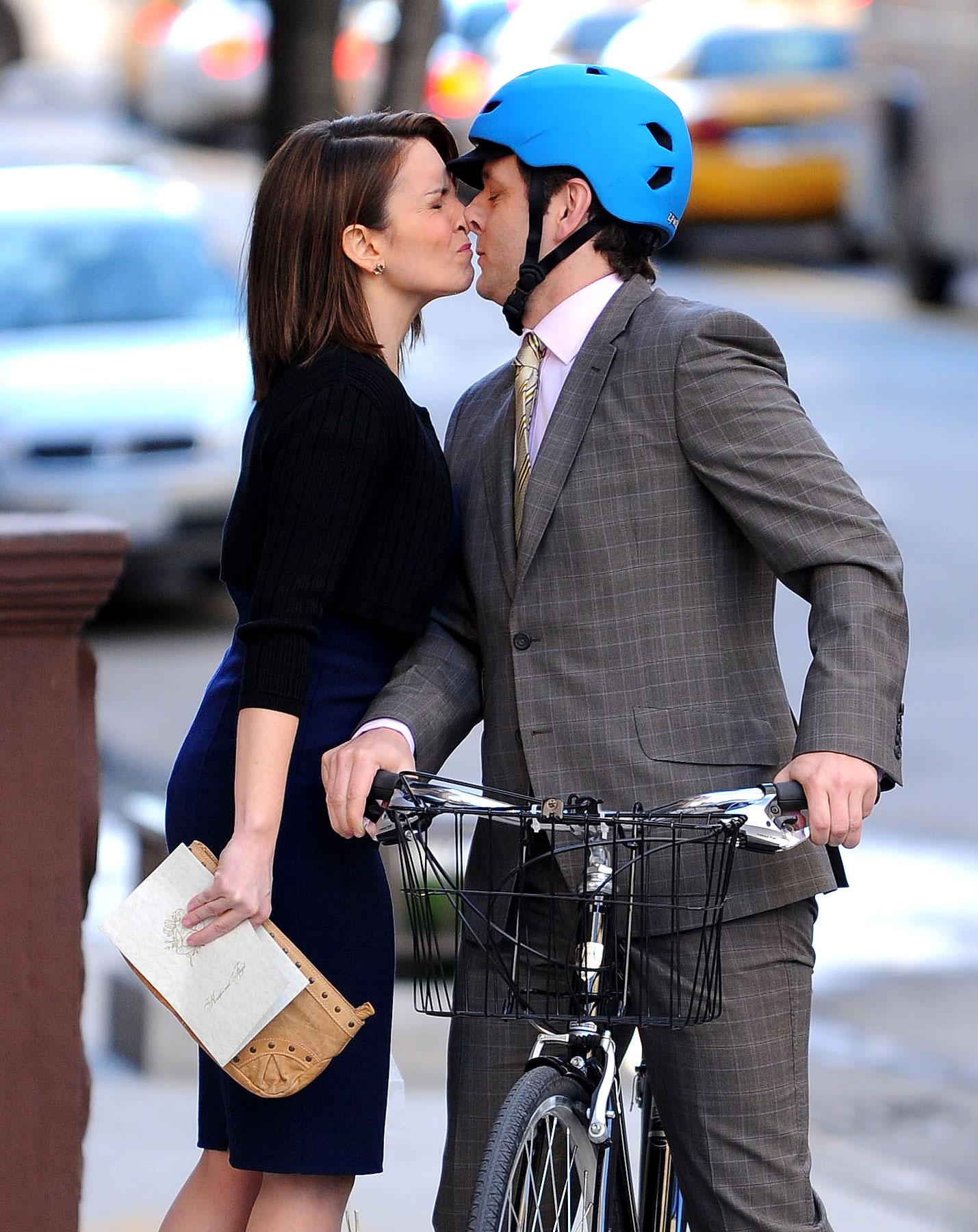 Tina Fey Thinks That Kissing Boys Is Gross (PHOTOS)
