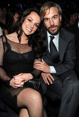 Britney Spears Gets In On Celebrity Break-Up Week, Splits With Jason Trawick