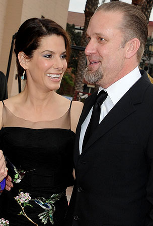 Humpday BREAKUPS: Jesse James and Sandra Bullock — Are They or Aren't They?