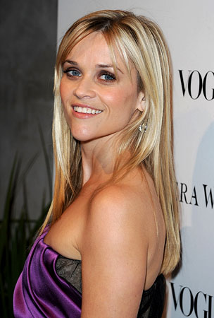 Reese Witherspoon To Star In Romantic Comedy We Feel Like We've Seen Before