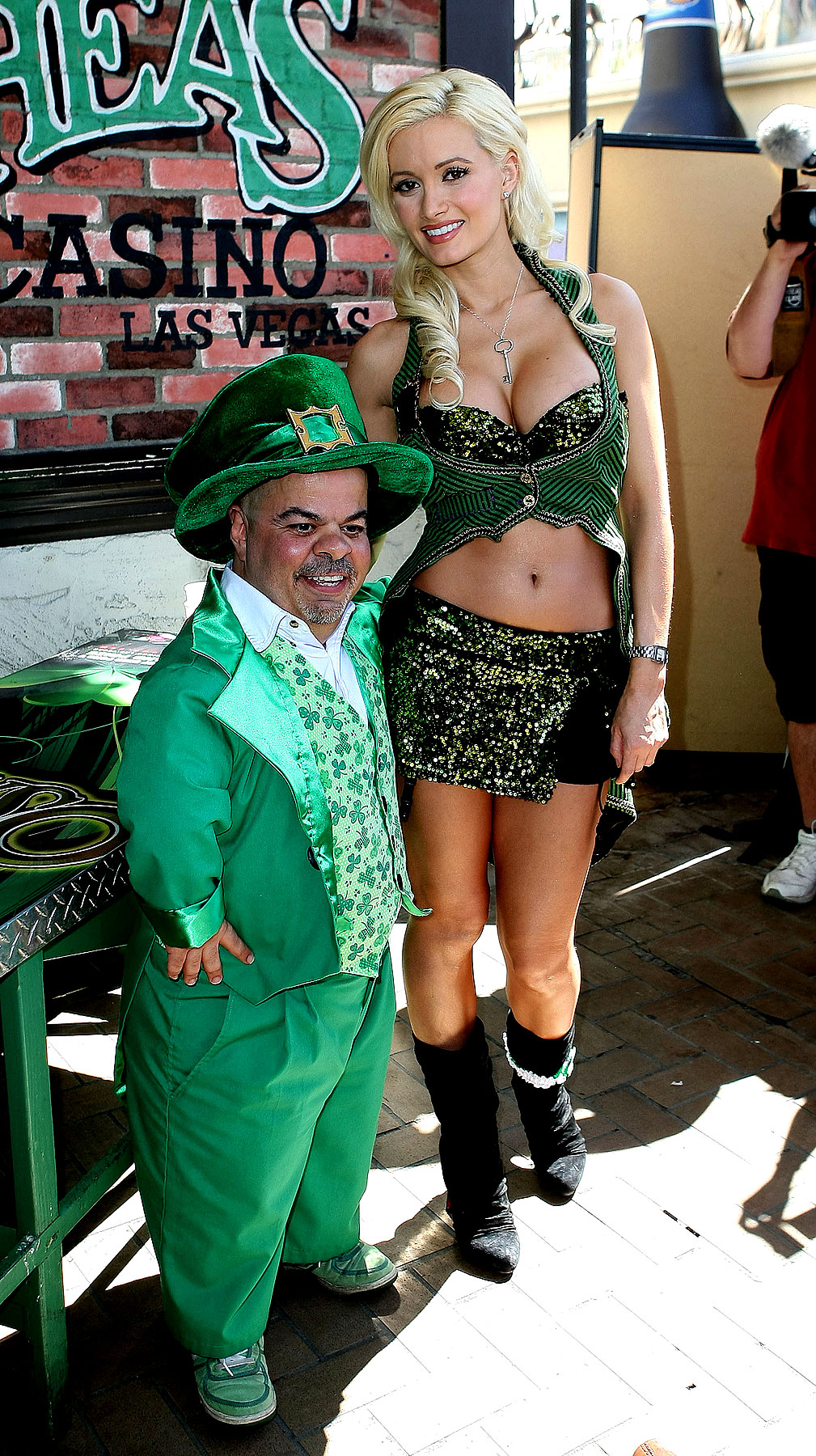 Holly Madison Had a Wee Bit O' Fun on St. Patrick's Day (PHOTOS)
