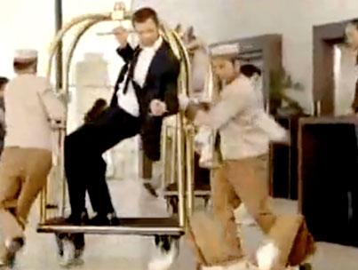 Hugh Jackman: Will Dance For Iced Tea (VIDEO)