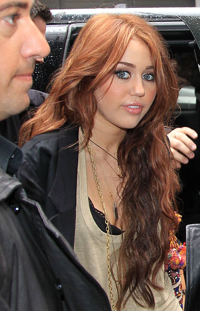 Miley Cyrus Goes Ginger (PHOTOS)