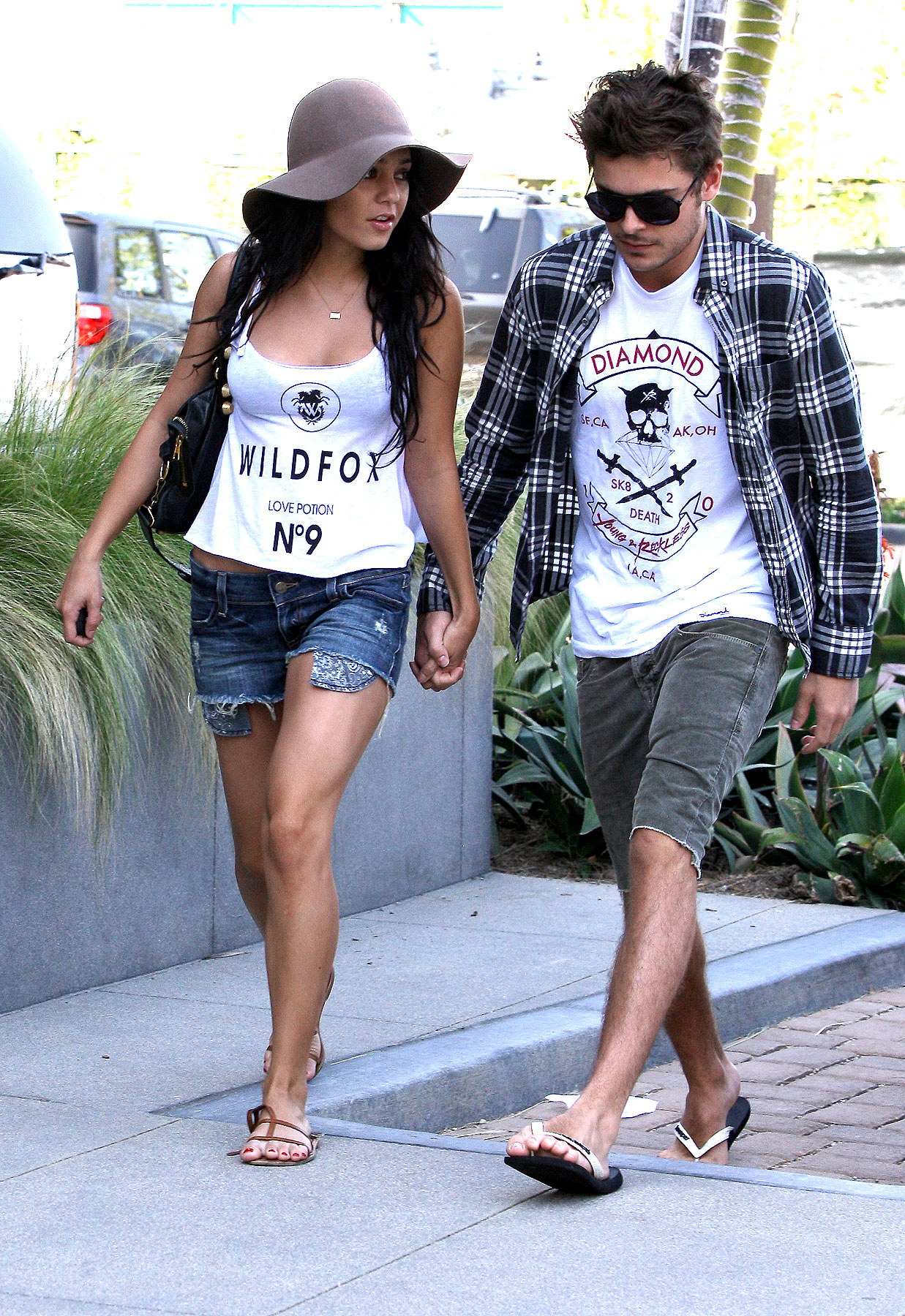 Zac Efron And Vanessa Hudgens Are Total Twinsies (PHOTOS)
