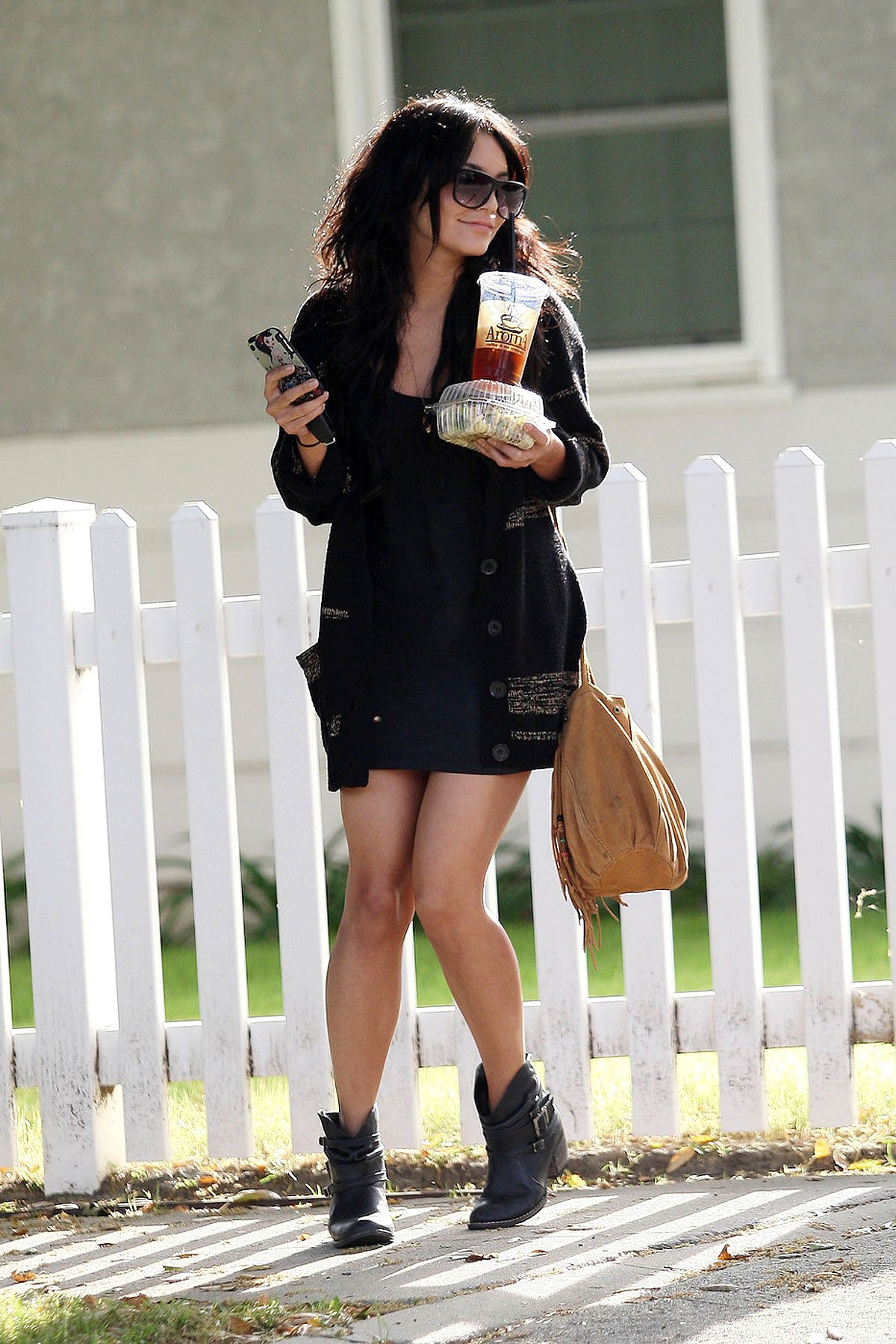 Vanessa Hudgens Really Has To Go (PHOTOS)