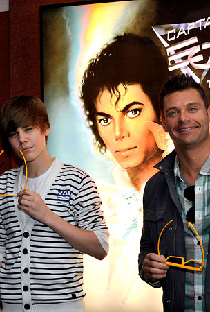 Justin Bieber, Ryan Seacrest and Captain EO Together, As They Were Meant To Be (PHOTOS)