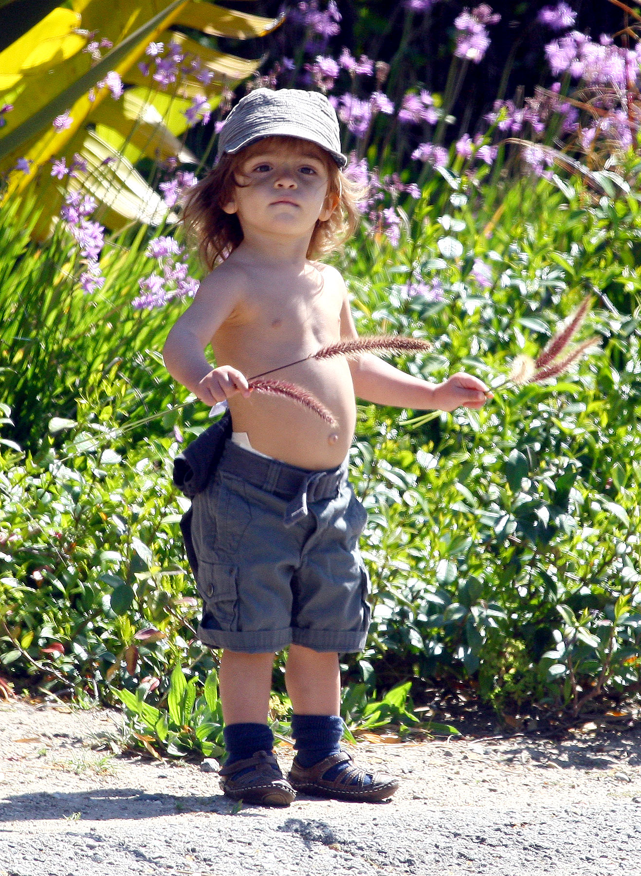 Matthew McConaughey's Son Shows Us That Shirtlessness Is Genetic (PHOTOS)