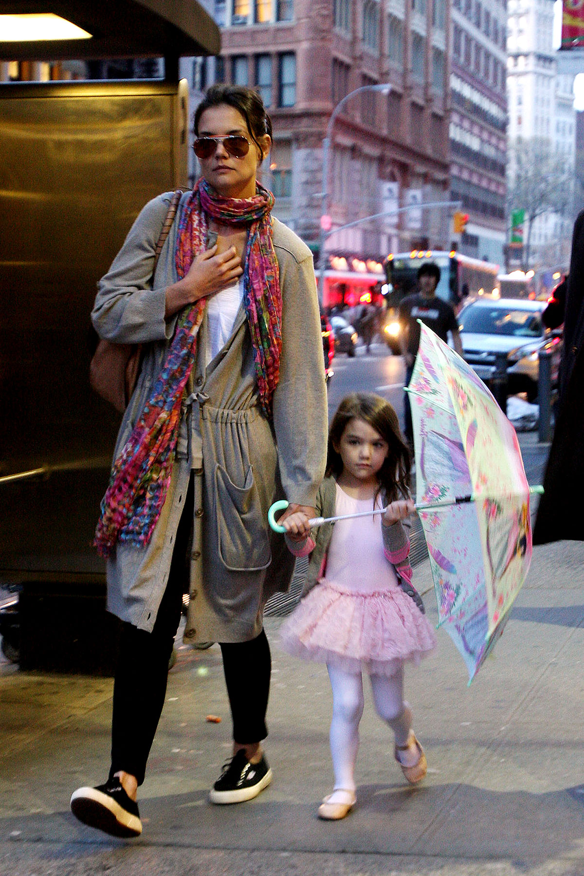 Suri Cruise Is A Tiny Dancer (PHOTOS)