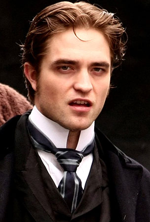 Robert Pattinson Takes Dreamboat Status To New Levels On 'Bel Ami' Set (PHOTOS)