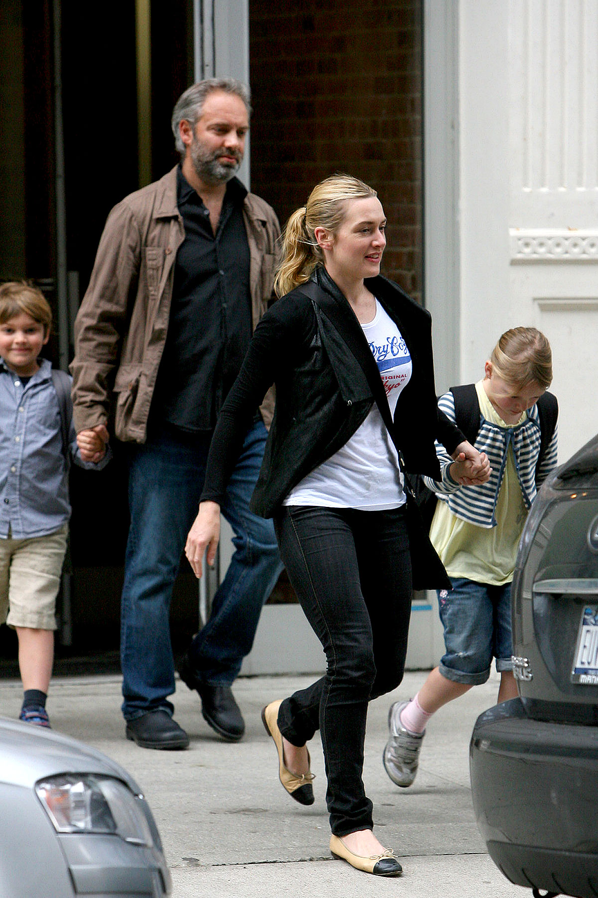 Kate Winslet And Sam Mendes Put On A Happy Face For The Kids (PHOTOS)