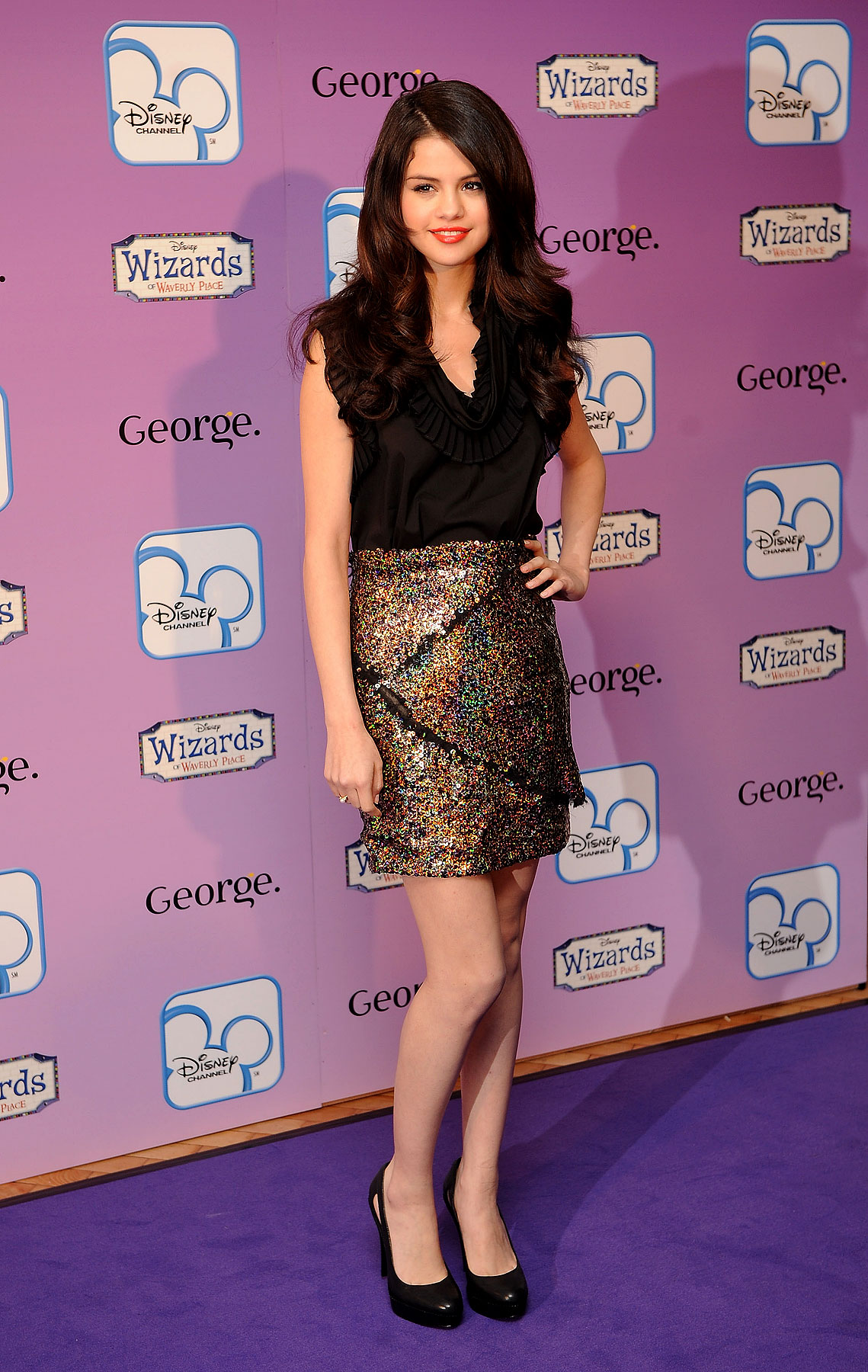 Selena Gomez Gets Magical At 'Wizards Of Waverly Place' Fashion Show (PHOTOS)
