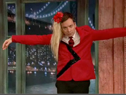 Jimmy Fallon Crushes Kate Gosselin in Awkward Televised Dance-Off (VIDEO)