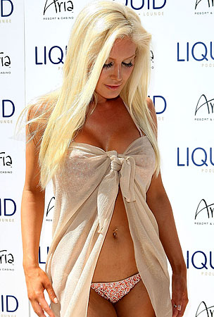 Heidi Montag's Enormous Breasts Are Doomed (PHOTOS)
