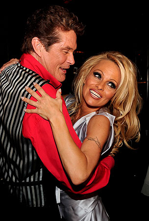 Pamela Anderson And David Hasselhoff Reunited, As The Universe Intended (PHOTOS)