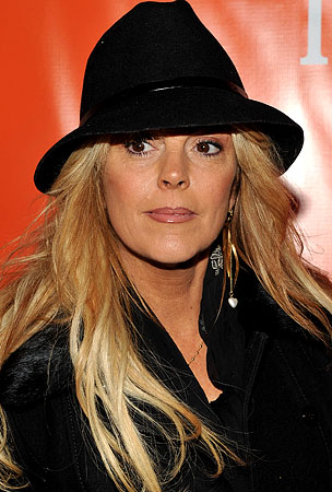 Dina Lohan Continues Enabling, Denies Lindsay Has Money Problems