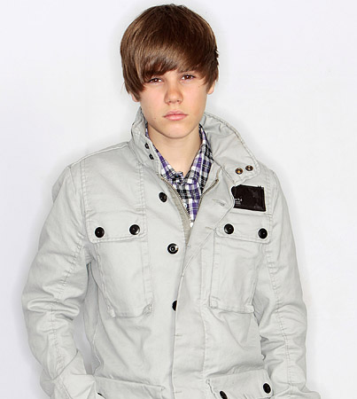 BUZZINGS: Justin Bieber Is Brushing Up on Foreign Tongues for Worldwide Seduction Tour 2010