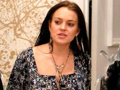 Lindsay Lohan Accused Of Stealing, Again
