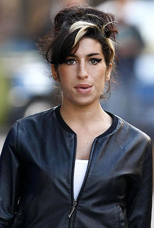 Amy Winehouse Goes on Drunken, Topless Hospital Spree, Because Why Not?