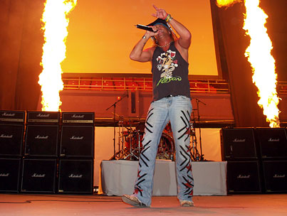 Bret Michaels Can't Stop Rocking, Will Hit the Road Again in May