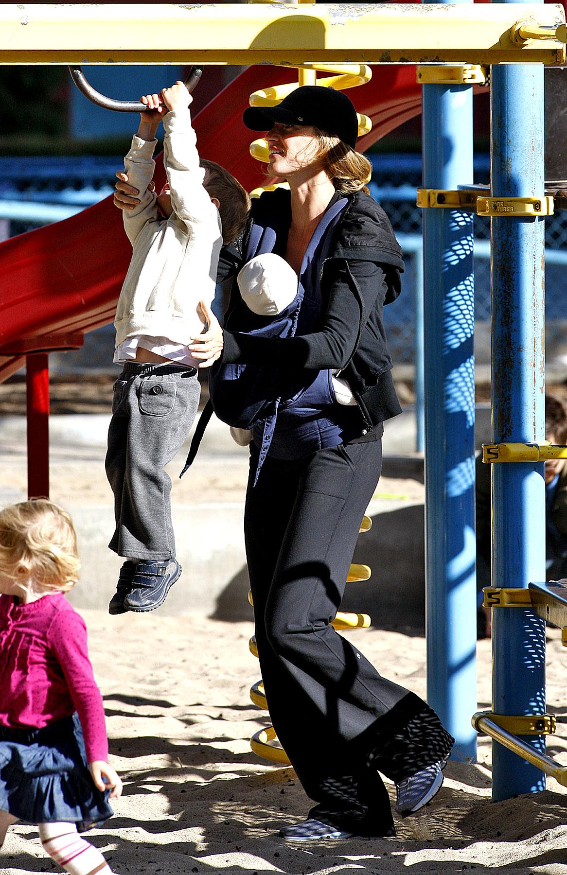 Tom Brady and Gisele Bundchen's Family Playground Day (PHOTOS)
