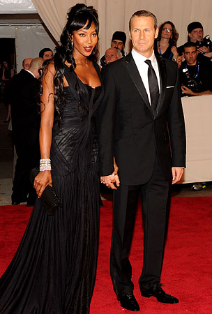 BUZZINGS: Naomi Campbell Doesn't Only Date Rich Men And Other Totally Believable Facts