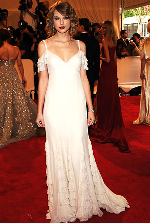The 2010 Met Costume Institute Gala Is Celeb Glamapalooza (PHOTOS)