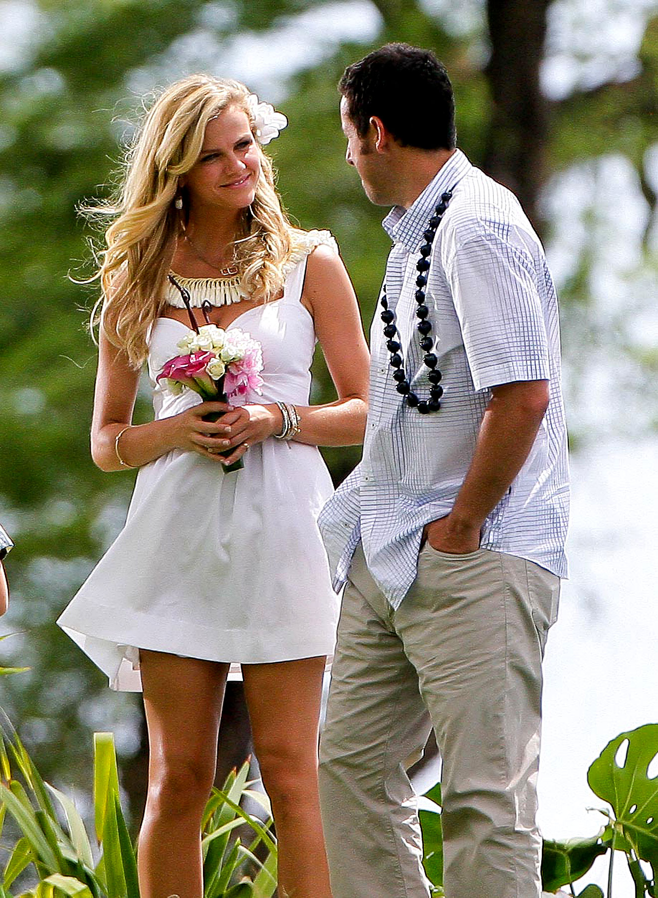 Adam Sandler Works Hollywood Magic, Marries Brooklyn Decker (PHOTOS)