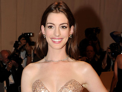 BUZZINGS: Is Anne Hathaway Taking Out Personal Ads in Prison Newsletters?