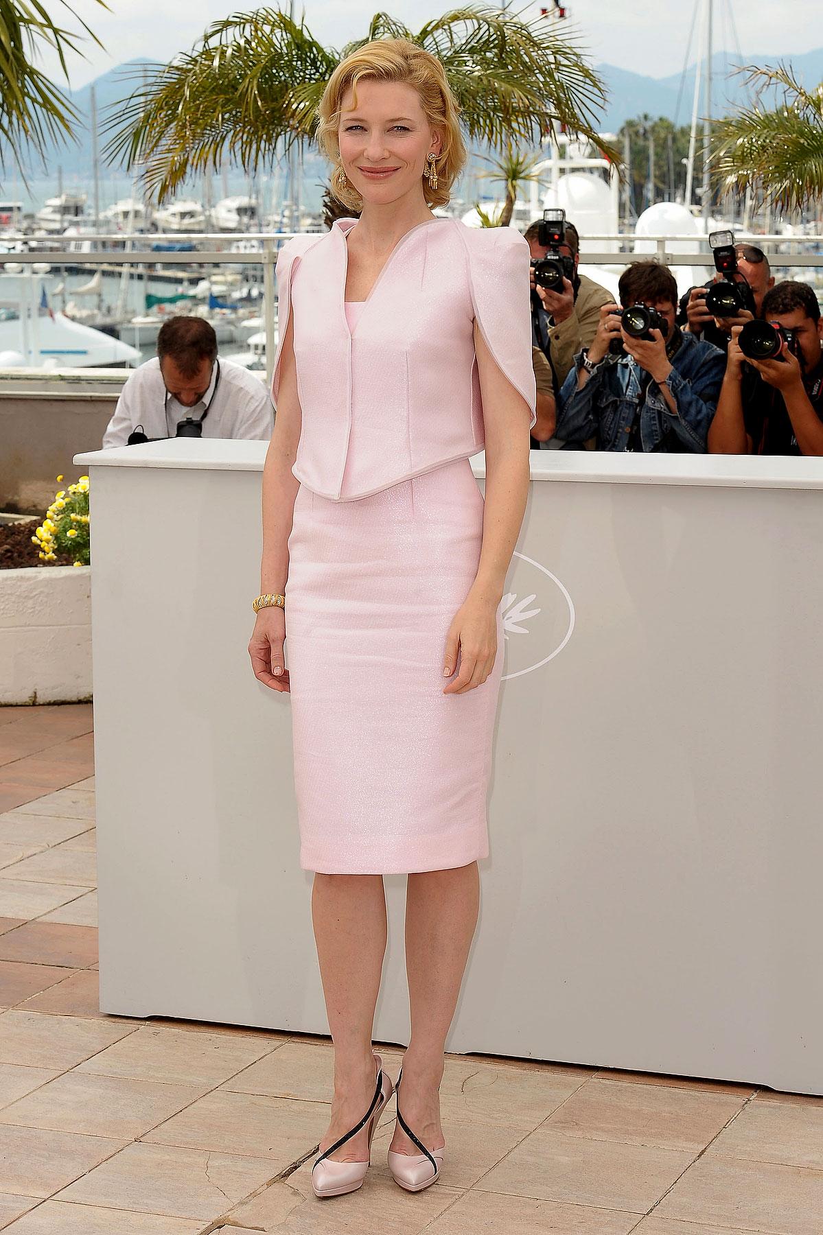 Cate Blanchett Wears Bubblegum Pink (PHOTOS)