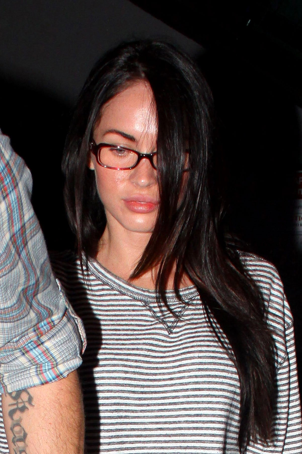 Megan Fox Shows Naked Support for the Lakers (PHOTOS)
