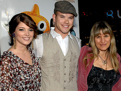 "Catherine Hardwicke Thinks Things Could ""Turn Ugly"" With Kellan Lutz and Ashley Greene"