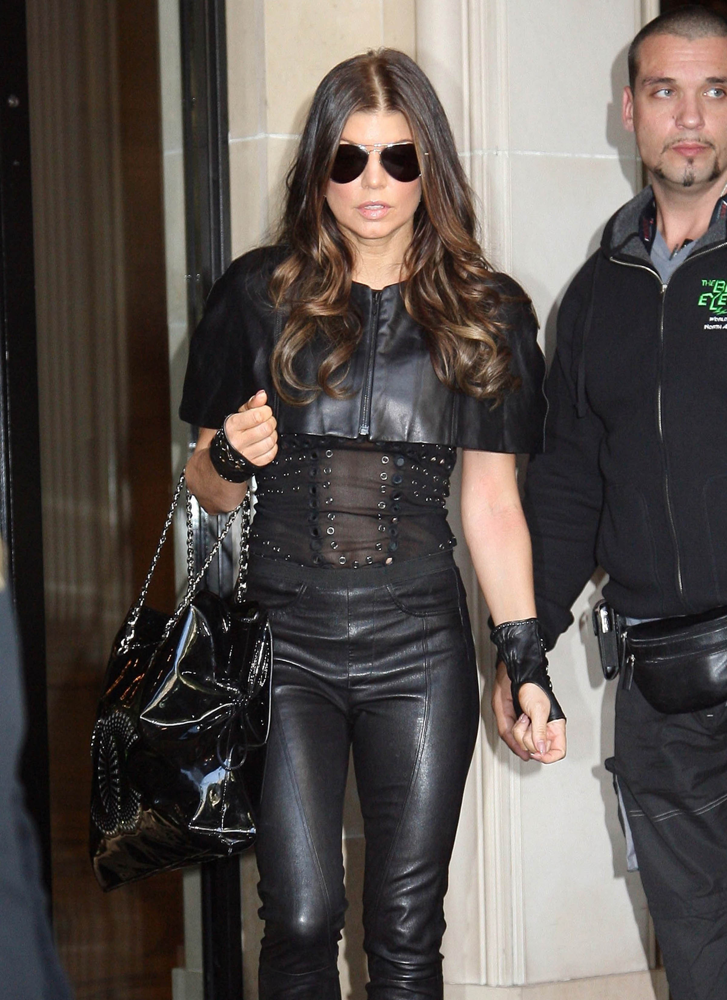 Fashion FTW: Fergie Is Looking Rather Leathery (PHOTOS)