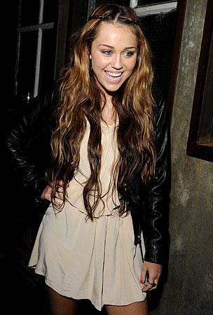 Miley Cyrus Survives Harrowing Scorpion Encounter!