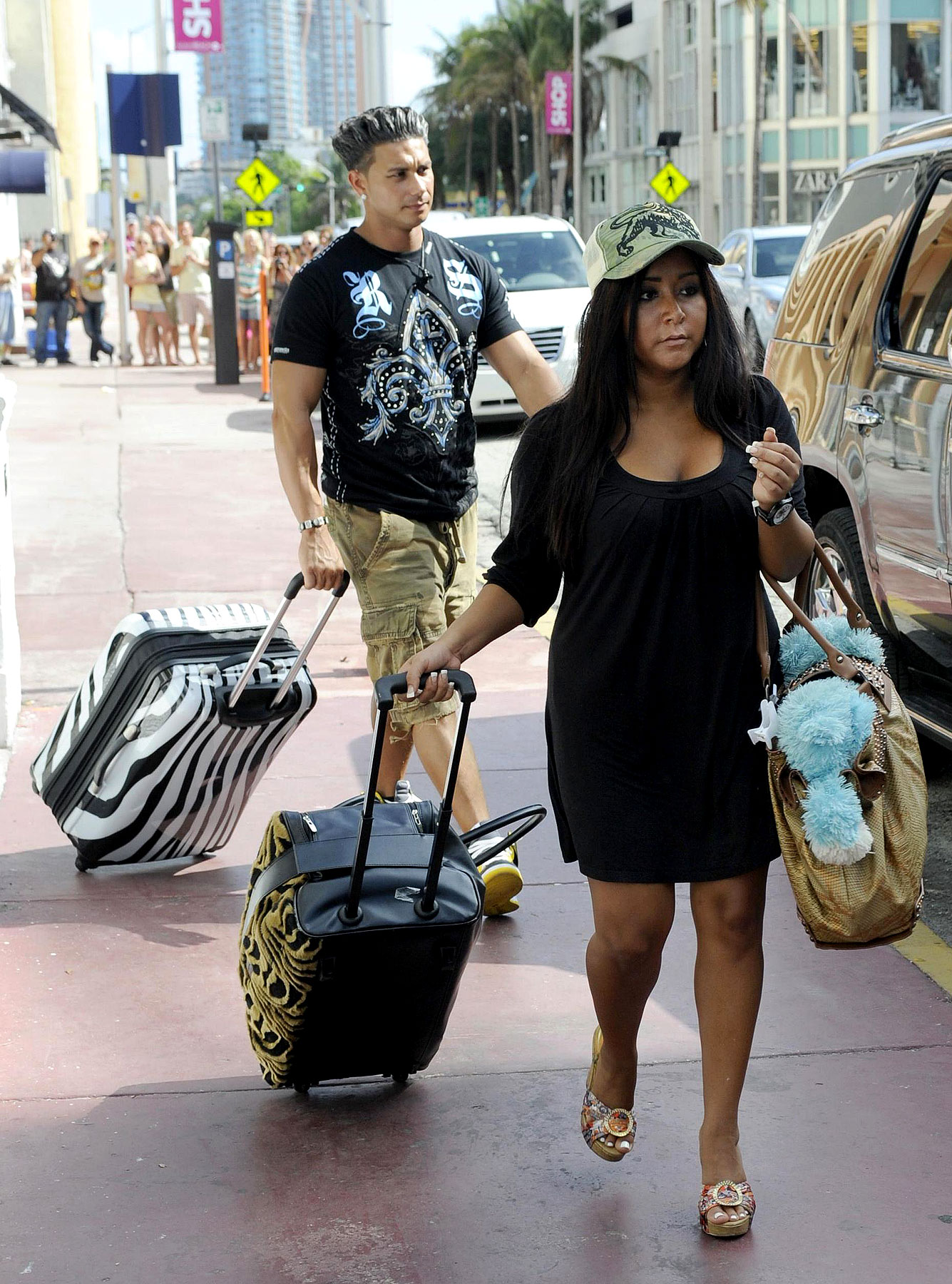 'Jersey Shore' Cast Ships Out Of Miami (PHOTOS)