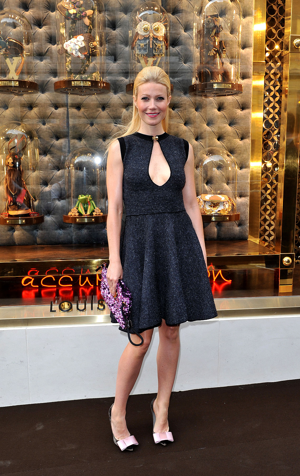 Fashion FTW: Gwyneth Paltrow Exposes Her Chest Plate (PHOTOS)