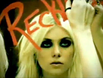 """Taylor Momsen Releases New Inappropriate Video For """"Make Me Wanna Die"""" (VIDEO)"""